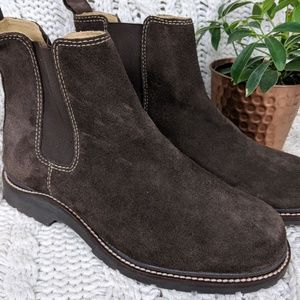 L.L. Bean Ankle Chelsea Boot Brown Suede 6.5